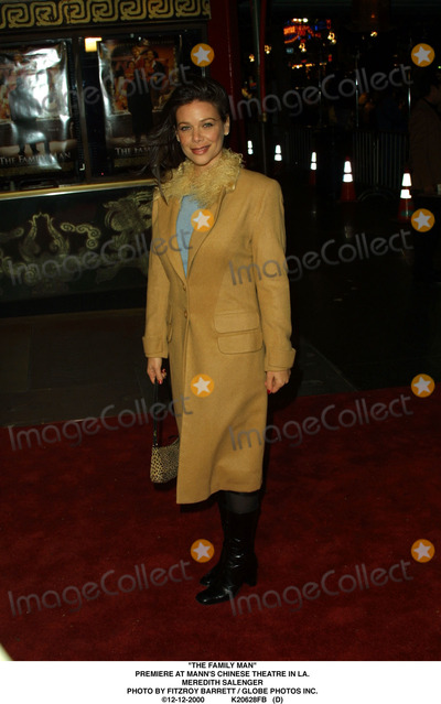 Meredith Salenger Photo - The Family Man Premiere at Manns Chinese Theatre in LA Meredith Salenger Photo by Fitzroy Barrett  Globe Photos Inc 12-12-2000 K20628fb (D)
