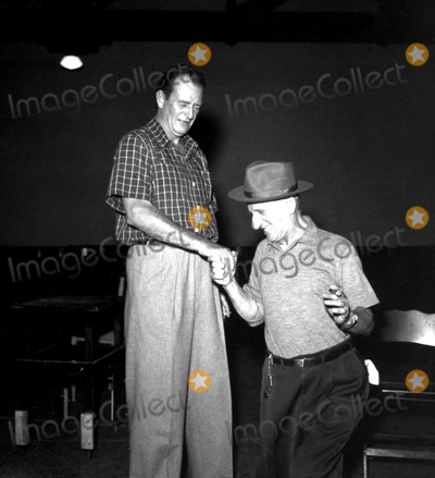 Jimmy Durante Photo - John Wayne and Jimmy Durante Hfc205 Globe Photos Inc Johnwayneretro