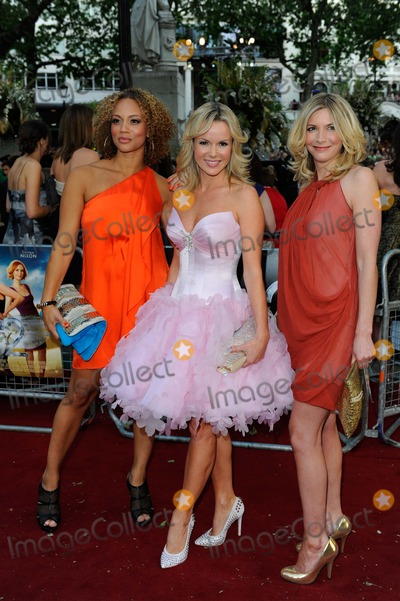 Angela Griffin Photo - Angela Griffin Amanda Holden  Lisa Faulkner Actresses at the Sex and the City 2 Film Premiere Leicester Square in London England 05-27-2010 Photo by Neil Tingle-allstar-Globe Photos Inc