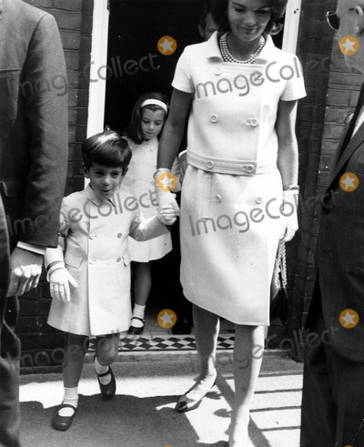 Jackie Onassis Photo - Jackie Onassis with Childrenjohn and Caroline May 141965 Globe Photos Inc