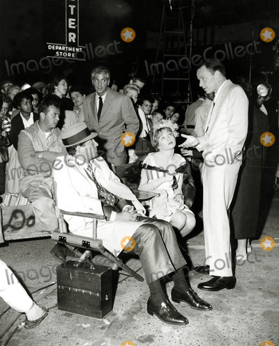 Dean Martin Photo - Frank Sinatra Dean Martinshirley Maclaine on the Set of Some Came Running Photo Globe Photos Inc