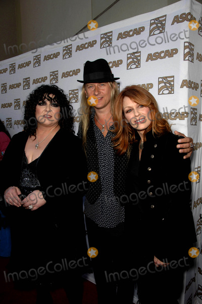 Ann Wilson Photo - Ann Wilson Jerry Cantrell and Nancy Wilson During the 26th Annual Ascap Pop Music Awards Held at the Rennaissance Hollywood Hotel on April 22 2009 in Los Angeles Photo by Michael Germana - Globe Photos Inc 2009