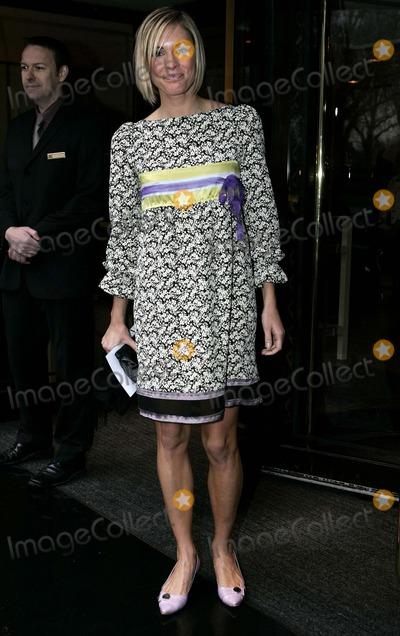Jenni Faulkner Photo - Jenni Faulkner attends the Tric Awards at the Grosvenor House Hotel on Park Lane in London 03-07-2006