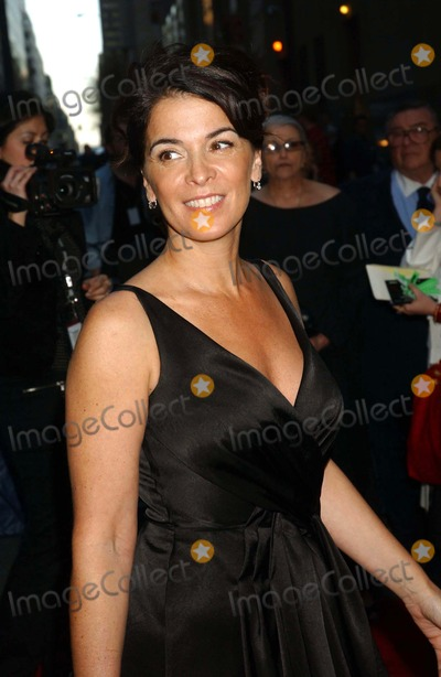Annabella Sciorra Photo - Annabella Sciorra the First Two Episodes of the Final Season of Sopranos Is Screened with Cast in Attendence Radio City Music Hall  New York City 03-27-2007 Photo by Ken Babolcsay-ipol-Globe Photos Inc
