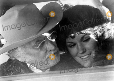 Art Carney Photo - Art Carney and Barbara Rhodes Hary and Tonto Movie Still Supplied by Globe Photos Inc Artcarneyretro