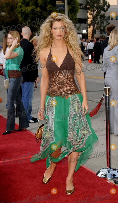 Amber Smith Photo - House of Wax Premiere at the Man Village Theater in Westwood CA 04-26-2005 Photo by Fitzroy BarrettGlobe Photos Inc 2005 Amber Smith