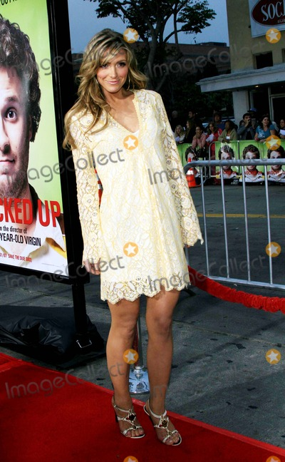 Debbie Matenopoulos Photo - Debbie Matenopoulos - Knocked Up - World Premiere - Mann Village Theater Westwood California - 05-19-2007 - Photo by Nina PrommerGlobe Photos Inc 2007