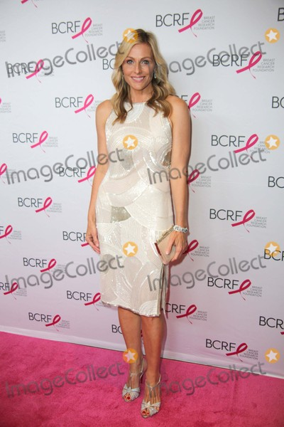 Jamie Tisch Photo - The Breast Cancer Research Foundations Annual Hot Pink Party 2015 the Waldorf Astoria NYC April 30 2015 Photos by Sonia Moskowitz Globe Photos Inc 2015 Jamie Tisch