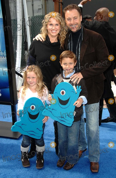 Chris Harris Photo - the Los Angeles Premiere of Dreamworks Animations Monsters Vs Aliens Held at the Gibson Amphitheatre in Universal City California on March 22 2009 Photo by David Longendyke-Globe Photos Image Chris Harris