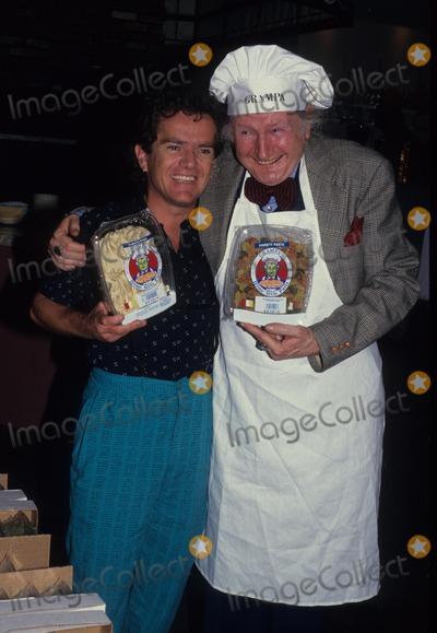 Al Lewis Photo - AL Lewis with Butch Patrick 1987 F5018 Photo by John Barrett-Globe Photos Inc