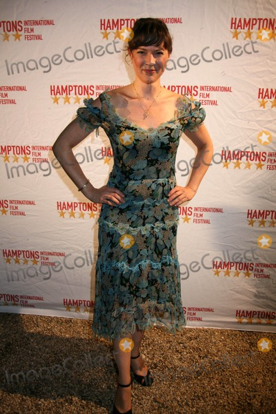 AMANDA PENNINGTON Photo - The 17th Annual Hamptons International Film Festival East Hampton and Southampton NY October 9 09 Photos by Sonia Moskowitz Globe Photos Inc 2009 Amanda Pennington