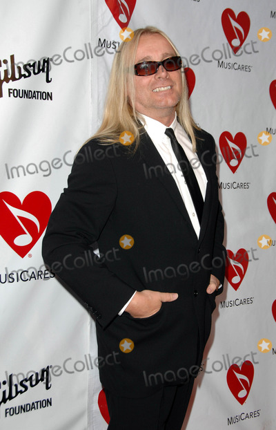 Robin Zander Photo - Annual Musicares Map Fund Benefit Concert at the Henry Fonda Music Box in Hollywood CA 05-09-2008 Image Robin Zander of Cheap Trick Photo Kelly Dawes  Globe Photos