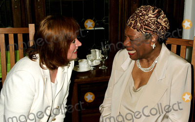 Ann Rubenstein Tisch Photo - K37855RMDR MAYA ANGELOU TO HONOR PRESIDENT WILLIAM JEFFERSON CLINTON AT THE TENTH ANNUAL RENAISSANCE DAY OF COMMITMENT LEADERSHIP BREAKFAST AT THE GREAT HALL OF SHEPARD HALL CITY COLLEGE IN NEW YORK CITY6152004PHOTO BYRICK MACKLERRANGEFINDERSGLOBE PHOTOS INC  2004ANN RUBENSTEIN TISCH AND DR MAYA ANGELOU
