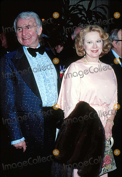 Virginia Mayo Photo - Virginia Mayo with Lee Graham 1978 10412 Photo by Phil Roach-ipol-Globe Photos Inc