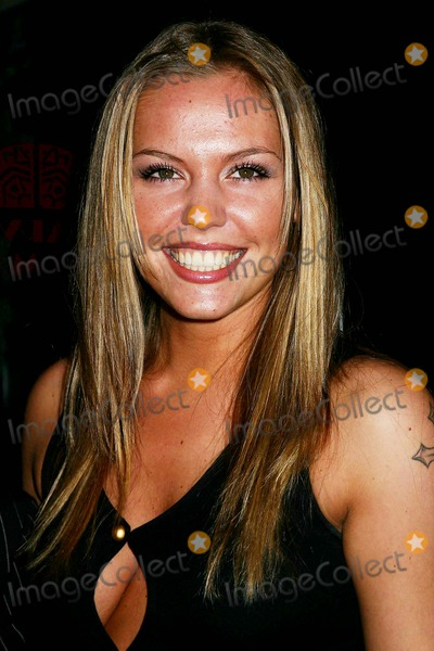 Agnes Bruckner Photo - 11th Annual Gen Art Film Festival Premiere of Dreamland at Ziegfeld Theater in New York City on 04-05-2006 Photo by Mitchell Levy-rangefinder-Globe Photosinc Agnes Bruckner