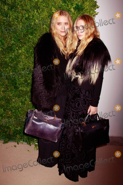 Ashley Marie Photo - The Seventh Annual Cfdavogue Fashion Fund Awards Skylight Soho NYC November 15 2010 Photos by Sonia Moskowitz Globe Photos Inc 2010 Ashley and Mary Kate Olsen