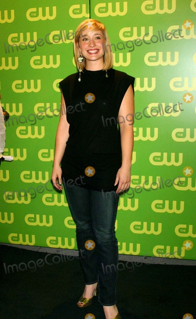 Allison Mack Photo - the Cw Upfront Red Carpet Madison Square Garden New York City 05-18-2006 Photo by Mitchell Levy-rangefinder-Globe Photos Inc 2006 Allison Mack