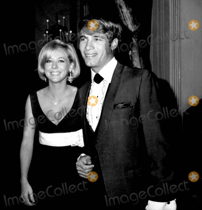 Tina Cole Photo - Don Grady with Tina Cole 1967 5197 Photo by Phil Roach-ipol-Globe Photos Inc
