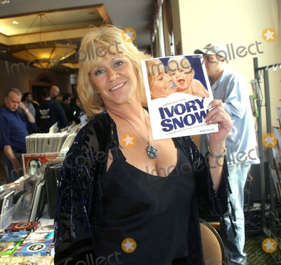 Marilyn Chambers Photo - - Marilyn Chambers Greeting Fans at the Chiller Theatre Halloween Extravaganza in Secaucus NJ in the Crown Plaza Hotel 10-28-2006 Photo by Barry Talesnick-ipol-Globe Photos