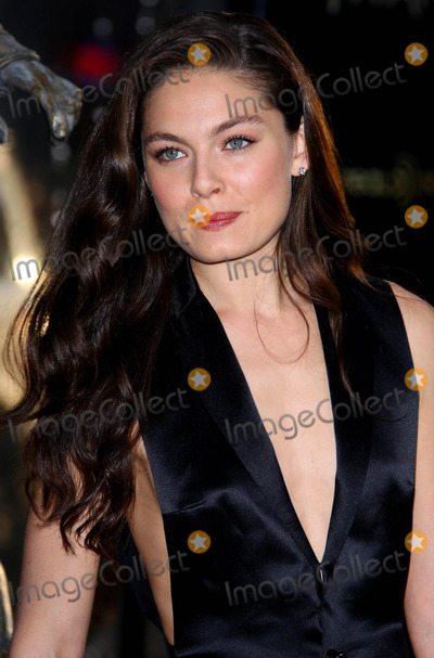 Alexa Davalos Photo - Alexa Davalos Actress the Los Angeles Premiere of  Clash of the Titans Held at the Graumans Chinese Theatre in Hollywood California 03-31-2010 Photo by Graham Whitby Boot-allstar-Globe Photos Inc