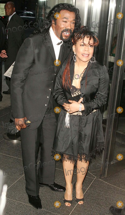 Ashford  Simpson Photo - The Museum of Modern Art Honors Joan Tisch and Sarah Jessica Parker at the 38th Annual Party in the Garden-outside Arrivals Moma-nyc-06062006 Ashford  Simpson Photo Byjohn B Zissel-ipol-Globe Photos Inc 2006