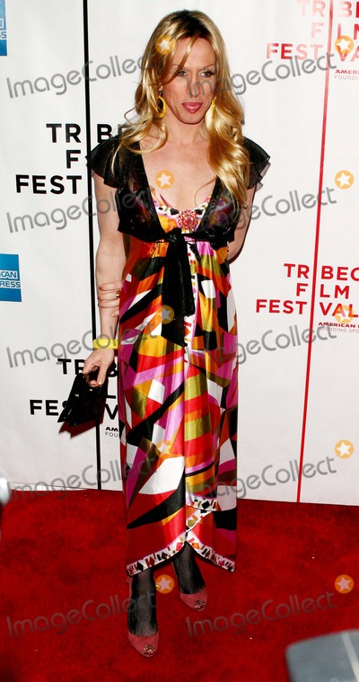 Alexis Arquette Photo - Annual Tribeca Film Festival Presents the Us Premiere of Numb Clearview Chelsea West-nyc-043007 Alexis Arquette Photo by John B Zissel-ipol-Globe Photos Inc 2007