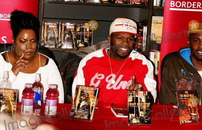 Curtis Jackson Photo - Fifty Cents and Crew Promote the Launch of G-unit Books at Borders Books and Music Time-warner Center 01-04-2007 Photos by Rick Mackler Rangefinder-Globe Photos Inc2007 Fifty Cent(curtis Jackson) and Niki Turner