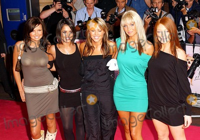 Anthea Turner Photo - Paul Hennessy GlobelinkukcomGlobe Photos Inc K31882 07232003 000143 Girls Aloud Legally Blonde 2 Uk Film Premiere -Warner West End London