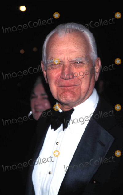 William Westmoreland Photo - Times 75th Anniversary Party at Radio City Music Hall New York City 03-03-1998 General William Westmoreland Photo by Jim Spellman-ipol-Globe Photos