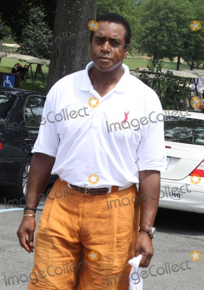 Ahmad Rashad Photo - Ahmad Rashad at Ahmad Rashad Golf Classic to Benefit White Plains Hospital Center at Quaker Ridge Golf Club in Scarsdale NY 06-28-2010 Photo by John BarrettGlobe Photos Inc2010
