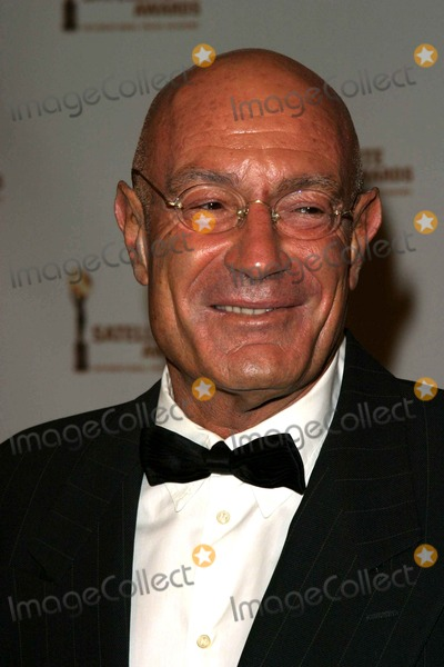 Arnon Milchan Photo - Arnon Milchan - 8th Annual International Press Academy Satellite Awards - St Regis Hotel Century City CA - 02212004 - Photo by Nina PrommerGlobe Photos Inc2004