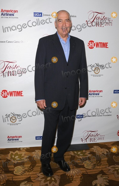 Gary Newman Photo - Uclas Jonsson Cancer Fountation Taste For a Cure Fundraiser at the Beverly Wilshire Hotel in Beverly Hills CA 2011 41511 Photo by Scott Kirkland-Globe Photos  2011 Gary Newman (Chairman 20th Century Fox Television)