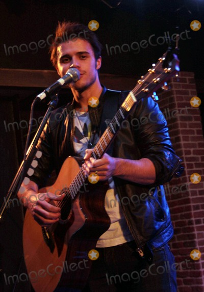 BB King Photo - American Idol Winner Kris Allen Appears at Bb Kings Inside the Mirage Resort and Casino Las Vegas Nevada 01-08-2009 Photo by Ed Geller-Globe Photos Inc 2009