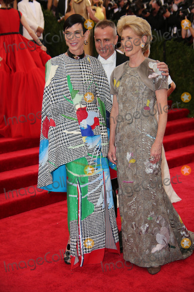 Amy Fine Collins Photo - The Costume Institute Gala Benefit China Through the Looking Glass  Red Carpet Arrivals the Metropolitan Museum of Art NYC Photos by Sonia Moskowitz Globe Bphotos Inc 2015 Amy Fine Collins Thom Browne