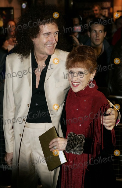 Anita Dobson Photo - Brian May and Anita Dobson Arrives For the Uk Premiere of Spamalot the New West End Monty Python Inspired Show at the Palace Theatre in London 10-17-2006 Photo by Tim Matthews-allstar-Globe Photos Inc 2006