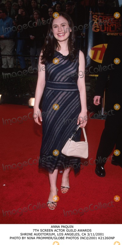 Anna Paquin Photo - Anna Paquin 7th Screen Actor Guild Awards Shrine Auditorium Los Angeles CA 3112001 Photo by Nina PrommerGlobe Photos Inc2001