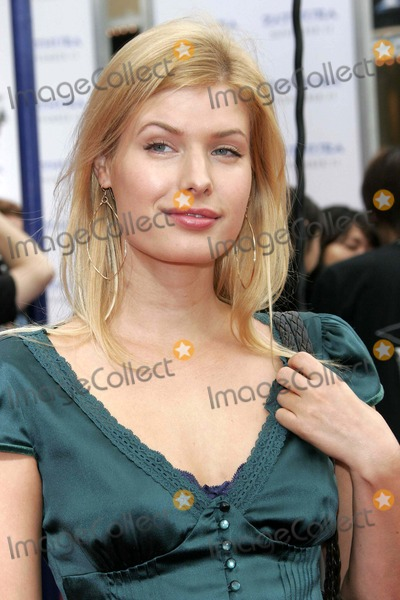 Judy Tylor Photo - Zathura Premiere at the Mann Village Theater in Westwood California 11-06-2005 Photo by Nina PrommerGlobe Photos Judy Tylor