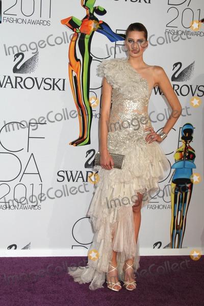 Hana Soukupova Photo - The 2011 Cfda Fashion awardsjune 6 2011alice Tully Hall nycphotos by Sonia Moskowitz  Globe Photos Inc 2011hana Soukupova