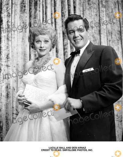 Desi Arnaz Photo - Desi Arnaz Lucille Ball