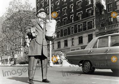 Art Carney Photo - Art Carney Harry and Tonto Movie Still Supplied by Globe Photos Inc Artcarneytretro