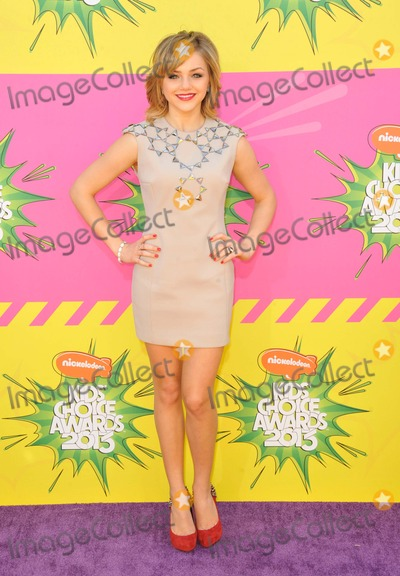 Oana Gregory Photo - Oana Gregory attending the Nickelodeons 26th Annual Kids Choice Awards Held at the Usc Galen Center in Los Angeles California on March 23 2013 Photo by D Long- Globe Photos Inc