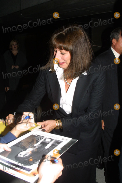 Angelica Houston Photo -  New York Film Festival World Premiere Ofthe Royal Tenenbaums at Alice Tully Hall in Lincoln Center NYC 100501 Angelica Houston Photo by John BarrettGlobe Photos Inc 2001 (D)