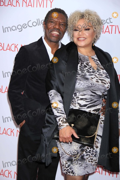 Kasi Lemmons Photo - Vondie Curtis-hallkasi Lemmons Writerdirector at NY Premiere Ofblack Nativity at the Apollo Theater 11-18-2013 John BarrettGlobe Photos