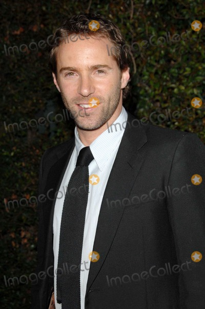 Allesandro Nivola Photo - Mentor Las Promise Gala Honoring Tom Cruise at Twentieth Century Fox Studioscentury City Ca03-22-2007 Photo David Longendyke-Globe Photos Inc2007 Image Allesandro Nivola