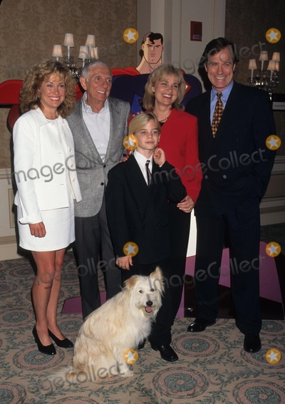 Aaron Spelling Photo - Catherine Hicks with Aaron Spelling  David Gallager and Stephen Collins at the Wb Network Tv Critics Press Junket For Fall 1996 K5536lr Photo by Lisa Rose-Globe Photos Inc