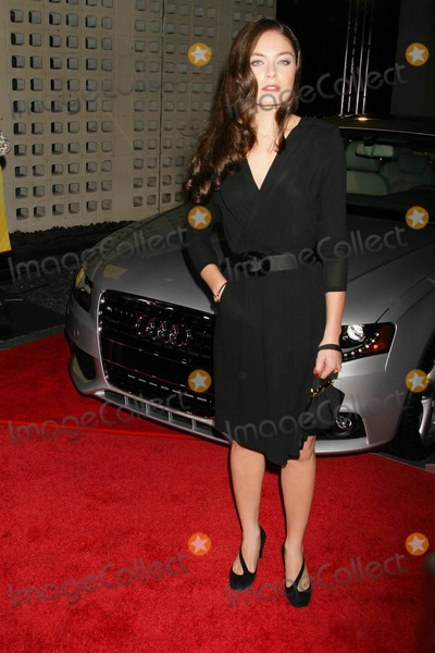 Alexa Davalos Photo - the 2008 Afi Fest Presented by Audi Presents the Closing Night Gala Presentation of Defiance the Arclight Cinerama Dome Hollywood California 11-09-2008 Alexa Davalos Photo Clinton H Wallace-photomundo-Globe Photos Inc