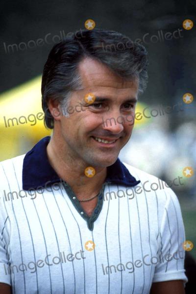 Lyle Waggoner Photo - Lyle Waggoner 1979 Z28942 Photo by George F ThompsonGlobe Photos