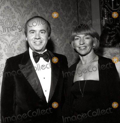 Tim Conway Photo - Tim Conway and Wife Photo Nate CutleerGlobe Photos Inc