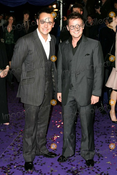 Ant Mcpartlin Photo - Ant Mcpartlin  Declan Donnelly the British Comedy Awards 2004 -London Studios London 12-19-2004 Photo Bymark Chilton-globelinkuk-Globe Photos Inc 2004