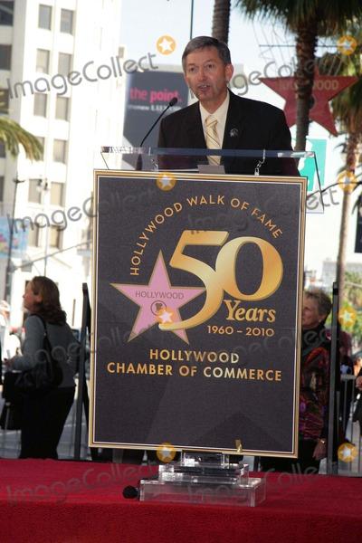 Alan Menken Photo - Composer Alan Menken Honored with Star on the Hollywood Walk of Fame El Capitan Theatre Hollywood CA 11102010 Leron Gubler Photo Clinton H Wallace-photomundo-Globe Photos Inc 2010